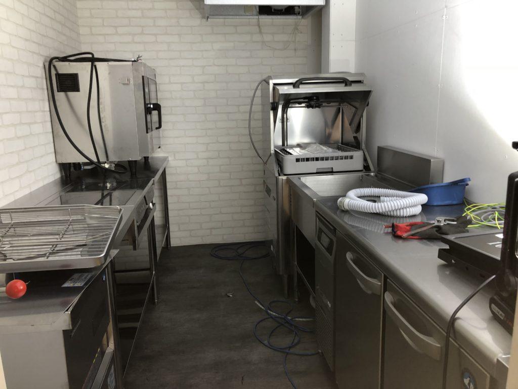 岡山市にて厨房工事
