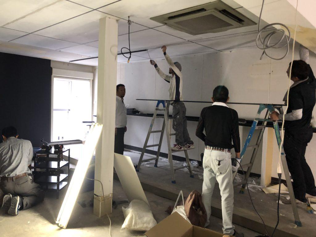 岡山市北区にて照明工事
